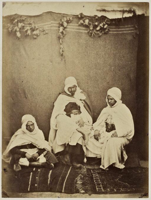 Muley Ceddik, kaïd des kaïds des Hamyane ; Mohammed ben Abdallah, kaïd des kaïds du djebel de Sebou, et son frère, fils de l'agha Ben Abdallah. Tlemcen 1856