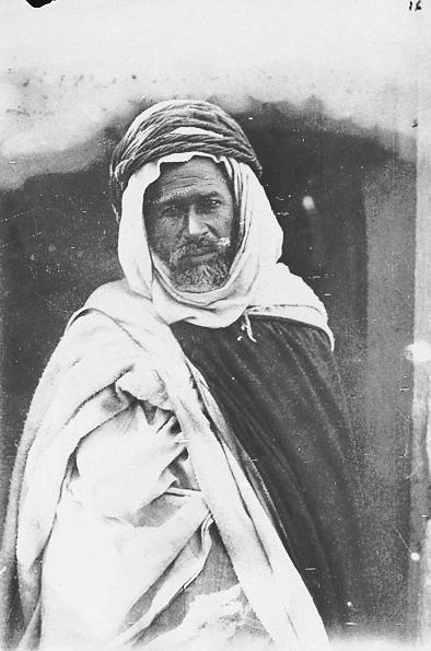 Le Khalifa de la tribu des Chaamba Mouadhi »• 1888-1889