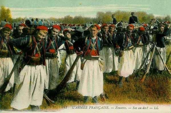 كتائب الزوافا في مقدمة الجيش الفرنسي